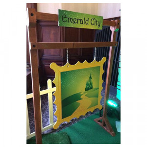Emerald City Sign