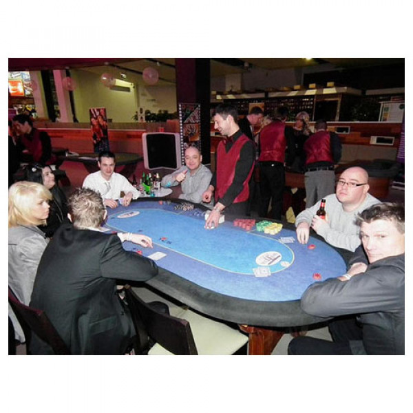 Texas Hold'em Casino Table with Croupier