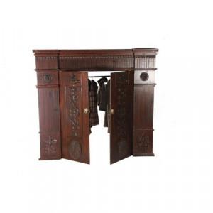 Wardrobe Entrance 2